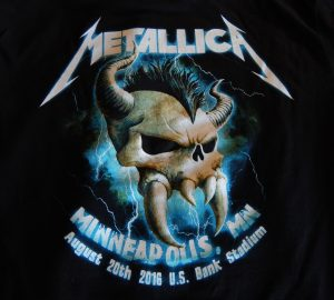 2016_172_metallica_pop_up_store_back